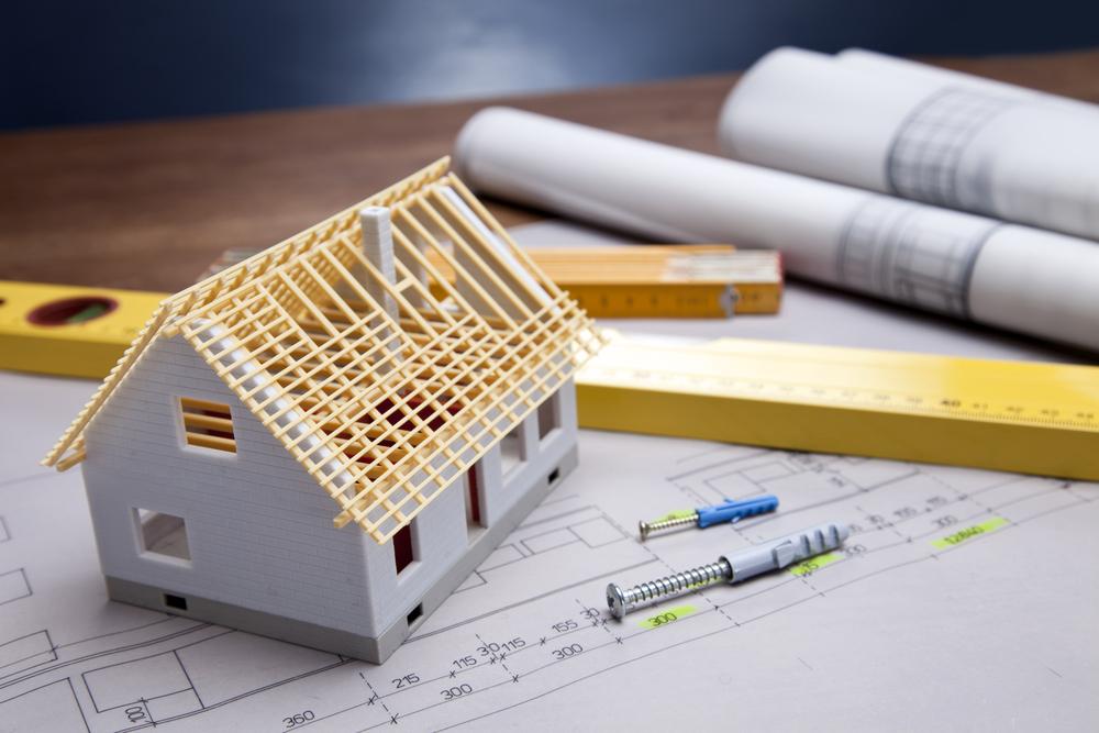 bâtir une maison principale